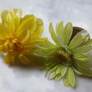 Snap WristBands Flowers Yellow Green
